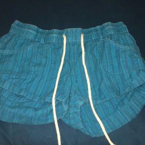 Small Roxy blue shorts